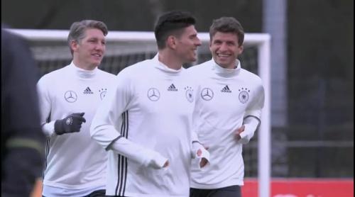 Schweinsteiger, Gomez & Müller – Training in Berlin