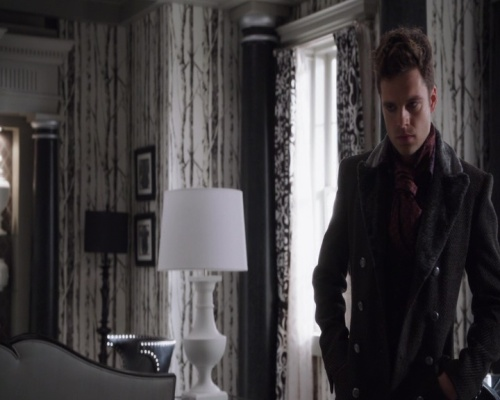 Sebastian Stan - Once Upon a Time S1 E21 10