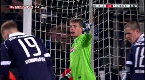 Alexander Schwolow – Arminia Bielefeld v SC Freiburg 11