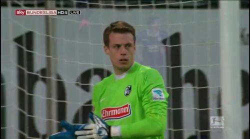 Alexander Schwolow – Arminia Bielefeld v SC Freiburg 2