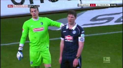Alexander Schwolow – Arminia Bielefeld v SC Freiburg 4