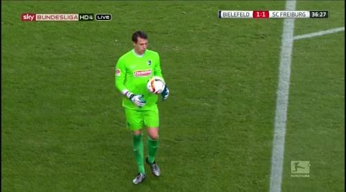 Alexander Schwolow – Arminia Bielefeld v SC Freiburg 5