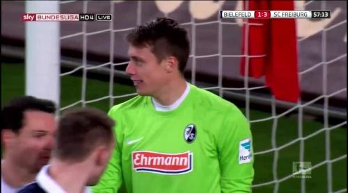 Alexander Schwolow – Arminia Bielefeld v SC Freiburg 6