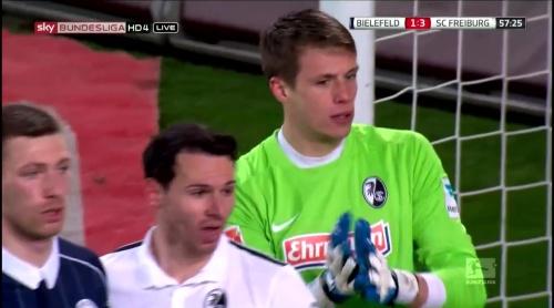 Alexander Schwolow – Arminia Bielefeld v SC Freiburg 9