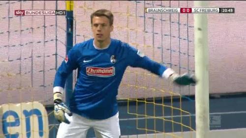 Alexander Schwolow – Braunschweig v SC Freiburg 3
