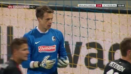Alexander Schwolow – Braunschweig v SC Freiburg 6
