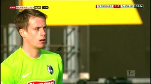 Alexander Schwolow – Freiburg v Duisburg 6
