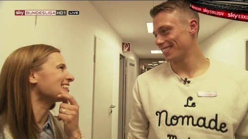 Alexander Schwolow – pre-match show – SC Freiburg v KSC 9