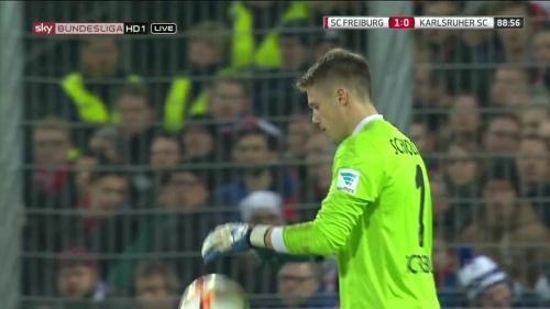 Alexander Schwolow – SC Freiburg v KSC 6