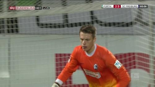 Alexander Schwolow - Greuther Fürth v SC Freiburg 10