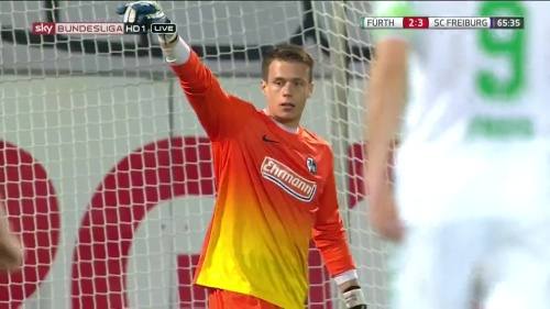 Alexander Schwolow - Greuther Fürth v SC Freiburg 11
