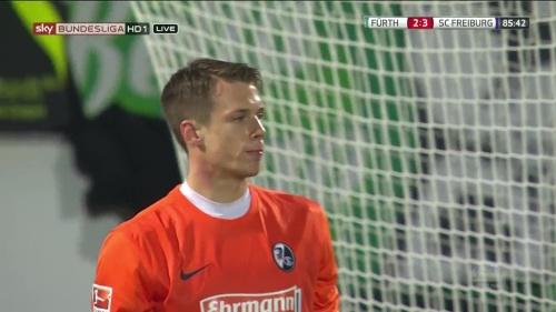 Alexander Schwolow - Greuther Fürth v SC Freiburg 13