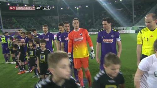 Alexander Schwolow - Greuther Fürth v SC Freiburg 3