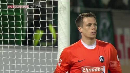 Alexander Schwolow - Greuther Fürth v SC Freiburg 8