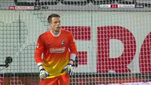 Alexander Schwolow - Greuther Fürth v SC Freiburg 9