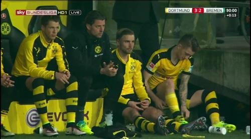Erik Durm - Dortmund v Bremen 5