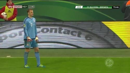 Manuel Neuer - Bayern v Bremen (DFB Pokal) 8