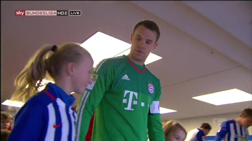 Manuel Neuer – Hertha v Bayern 1