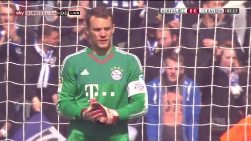 Manuel Neuer – Hertha v Bayern 6