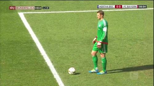 Manuel Neuer – Hertha v Bayern 7