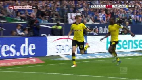Matthias Ginter – Schalke v Dortmund 4