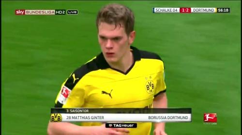 Matthias Ginter - Schalke v Dortmund 5