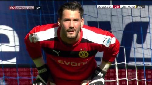 Roman Bürki – Schalke v Dortmund 1