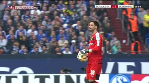Roman Bürki – Schalke v Dortmund 3