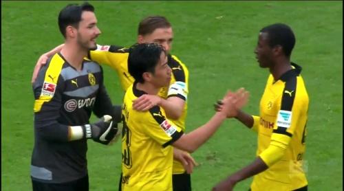 Roman Bürki – Stuttgart v Dortmund 5