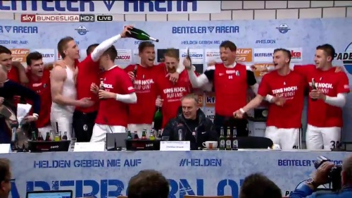 SC Freiburg celebrate promotion 29-04-16 2