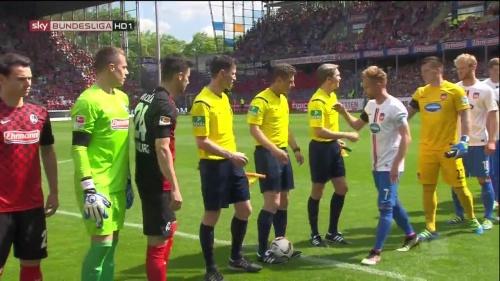 Alexander Schwolow – SC Freiburg v Heidenheim 1