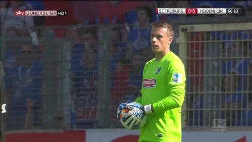 Alexander Schwolow – SC Freiburg v Heidenheim 7