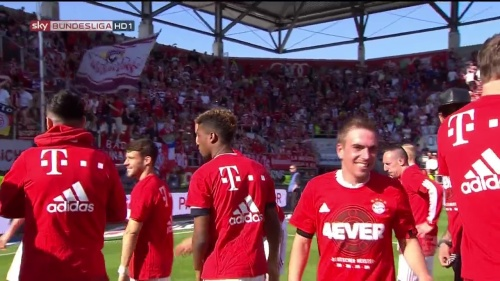 Bayern Munich – Bundesliga Meister 2015-16 – Philipp Lahm 1