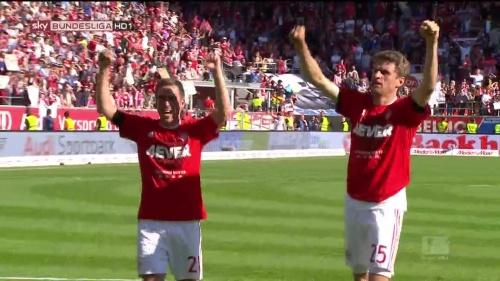 Bayern Munich – Bundesliga Meister 2015-16 – Philipp Lahm & Thomas Müller 1