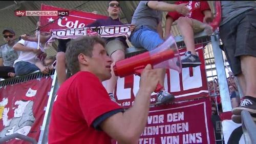 Bayern Munich – Bundesliga Meister 2015-16 – Thomas Müller 2