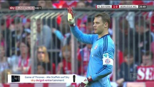 Manuel Neuer – Bayern v Gladbach 10