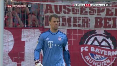 Manuel Neuer – Bayern v Gladbach 11