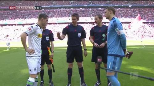 Manuel Neuer – Bayern v Gladbach 3