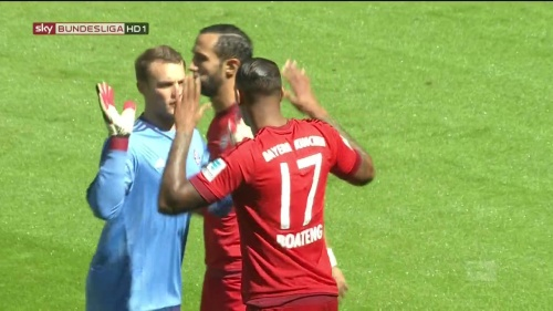 Manuel Neuer – Bayern v Gladbach 6