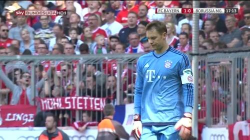 Manuel Neuer – Bayern v Gladbach 8