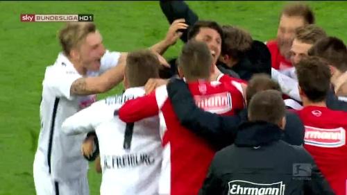 SC Freiburg celebrate promotion 2016 3