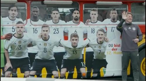 Bastian Schweinsteiger – Training in Evian 1