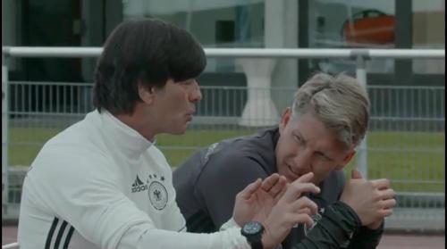 Joachim Löw & Bastian Schweinsteiger – Training in Evian 1