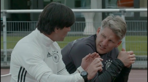 Joachim Löw & Bastian Schweinsteiger – Training in Evian 2