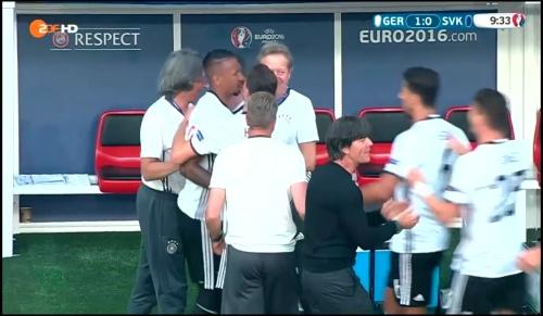 Joachim Löw - Deutschland v Slowakei 1st half (EM 2016) 10