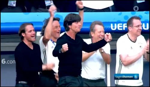 Joachim Löw - Deutschland v Slowakei 1st half (EM 2016) 13