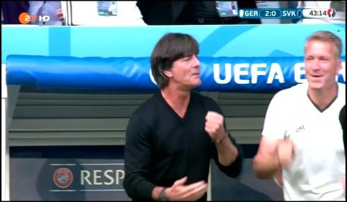 Joachim Löw - Deutschland v Slowakei 1st half (EM 2016) 20