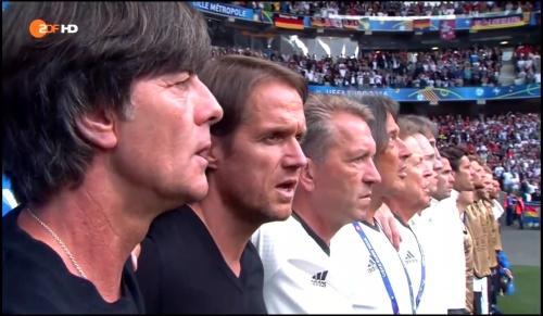 Joachim Löw - Deutschland v Slowakei 1st half (EM 2016) 7