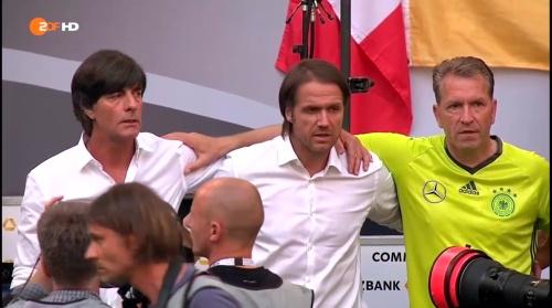 Joachim Löw – 1st half – Deutschland v Ungarn 10
