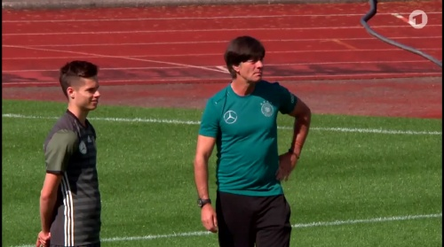 Joachim Löw – ARD video 17-06-16 1